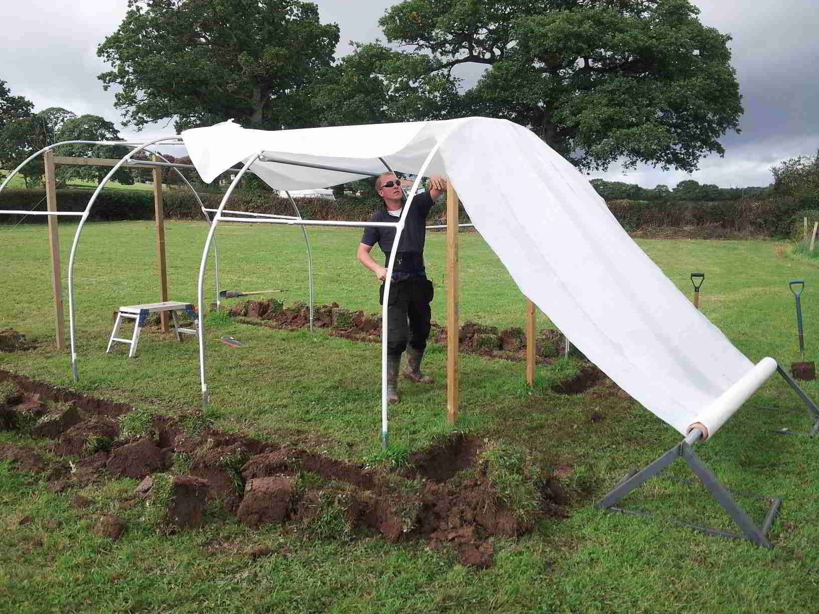 Replacing Polytunnel Cover